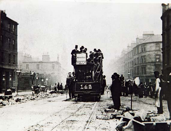 photo of cable-car trial run on Leith Walk